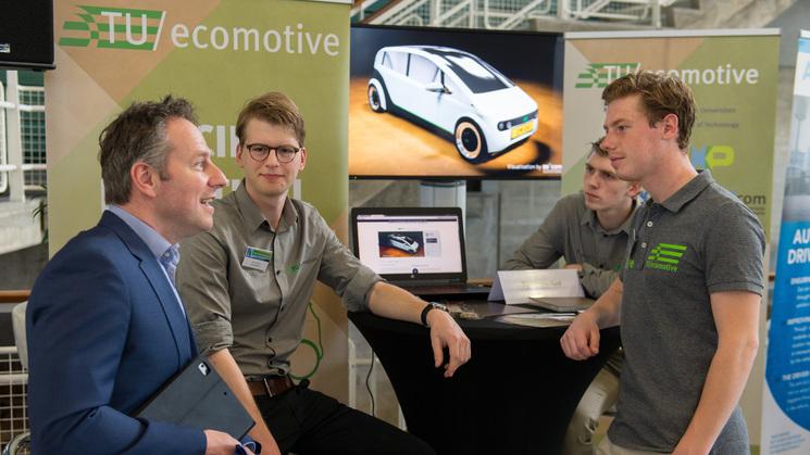 Биоразлагающийся автомобиль из свеклы и льна. Фото: crowdfund.tue.nl