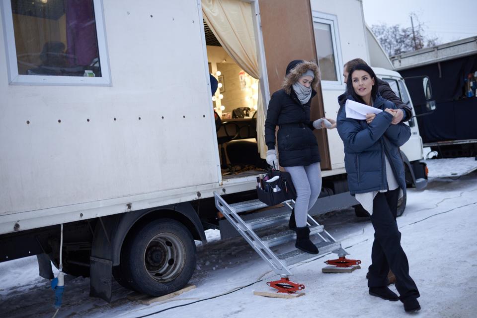 Съемочные будни дебютантки Маши Ефросининой. Фото: Виталий Головин