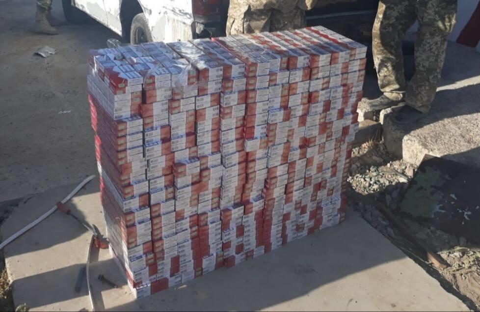 ... пытались ввезти более 3 тысяч смартфонов. Каждая девятая контрабандная  сигарета в ЕС из Украины b095d6cab9a