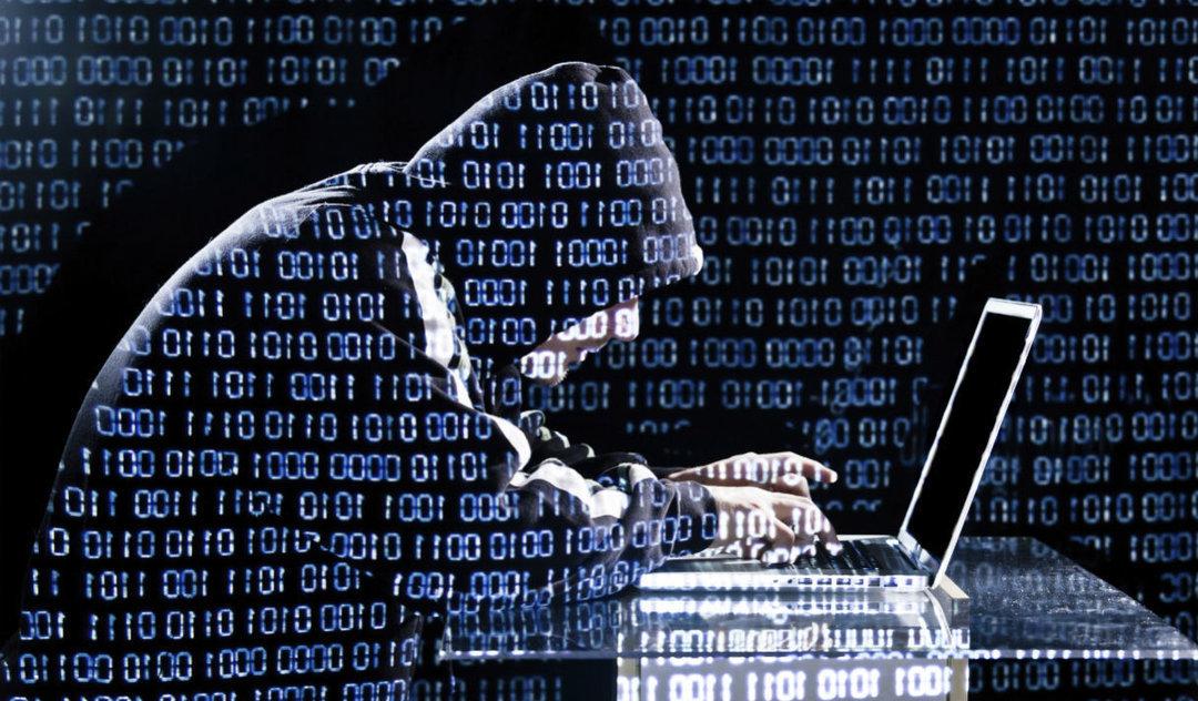 Большинство киберпреступников работают из тюрьмы — руководитель Киберполиции