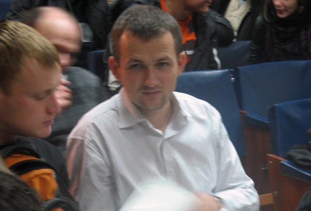 223-й округ: Юрий Левченко выглядел очень уставшим