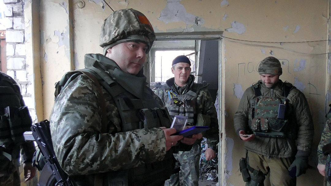 Визит Порошенко вДонбасс является подготовкой к сильной атаке— Полковник вотставке