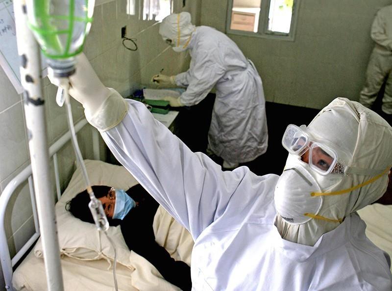 Коронавирус в Китае: общее число жертв достигло 425 человек