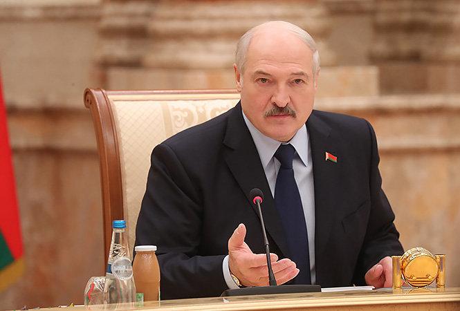 'Идет атака'. Лукашенко прокомментировал ограничения РФ  напоставку белорусских продуктов
