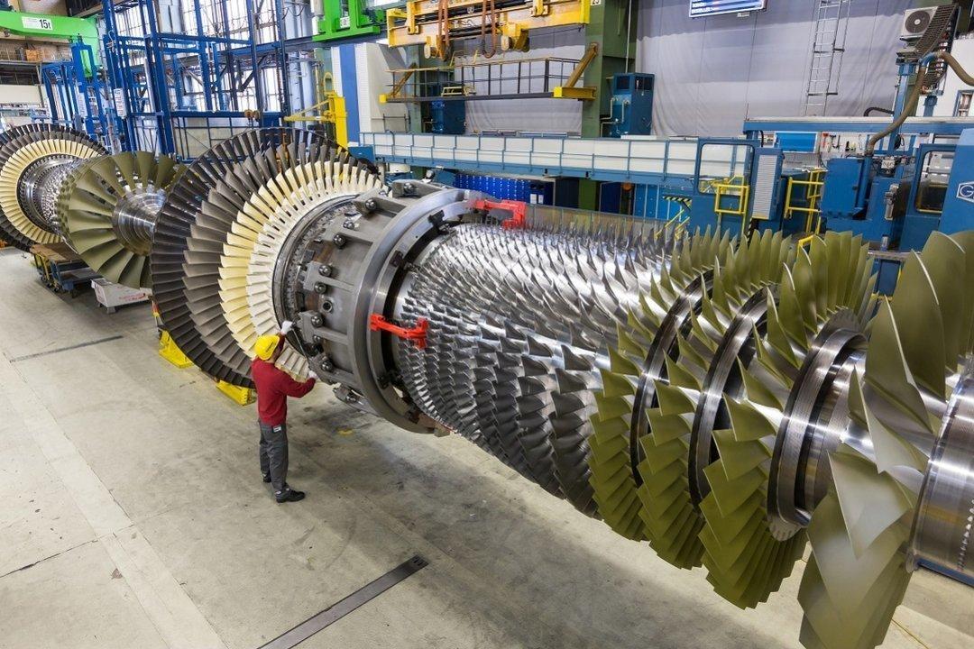 Гройсман: Украина делает все, чтобы турбины Siemens вКрыму неработали