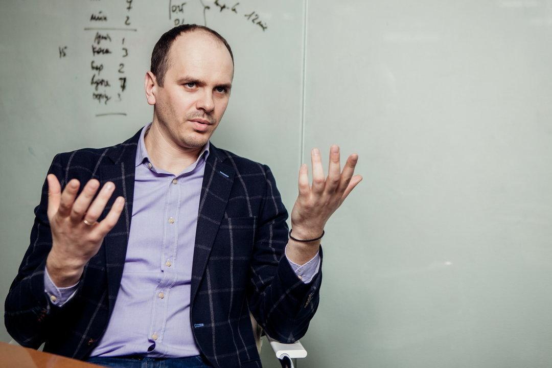 Кодування супутникового сигналу почнет в лістопаді - Ярослав Пахольчук, 1 + 1 медіа