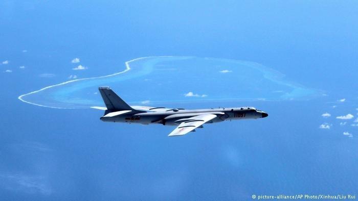 Стратегические бомбардировщики Китайская народная республика направились кспорным островам вЮжно-Китайском море
