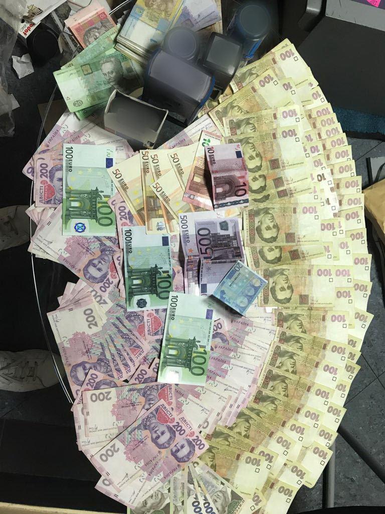 СБУ обыскала страховые компании Явтушенко. Фото пресс-центра СБУ
