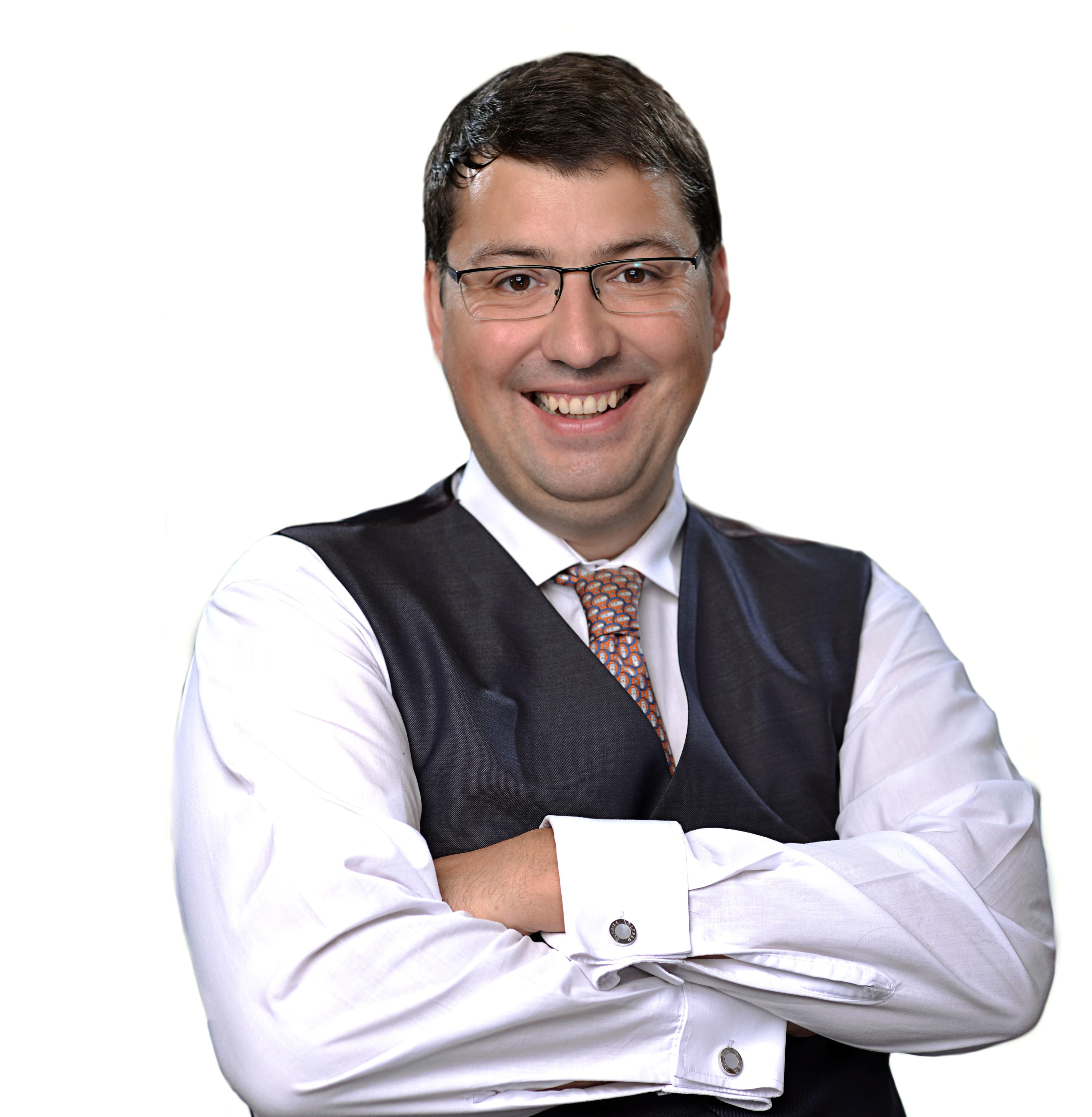 Юрий Никаненок