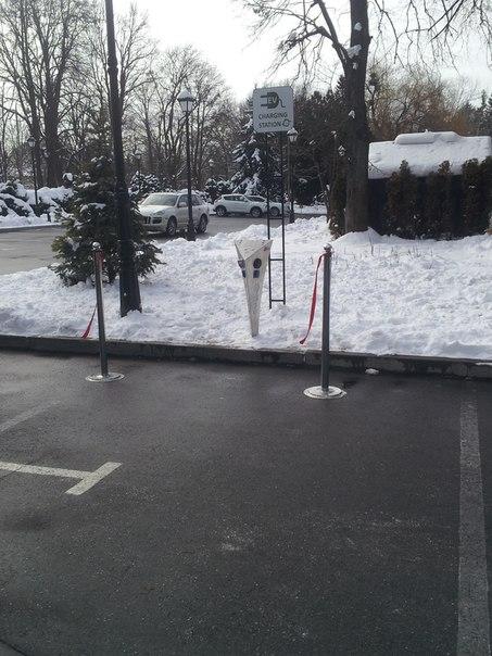 """""""Свеженькая"""" украинская заправка для электромобилей"""