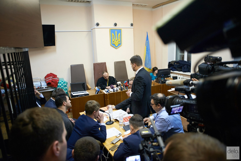 Вечернее заседание суда. Адвокаты Насирова. Фото: В.Головин
