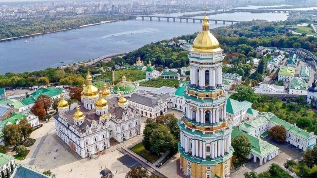 Более 90 зараженных: Кличко закрыл Киево-Печерскую лавру на карантин