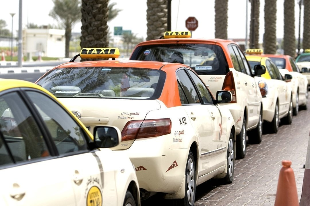 Такси без водителя в дубай это правда дубай отель интернешнл