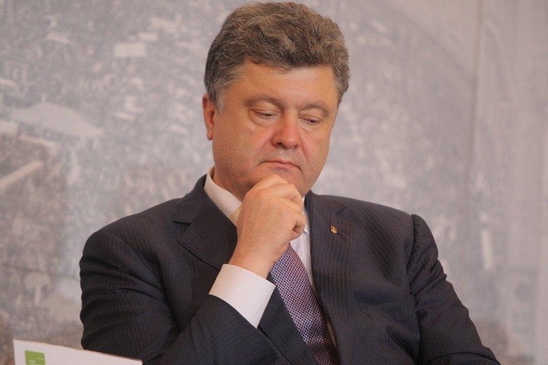 Порошенко отозвал законодательный проект  олишении гражданства крымчан