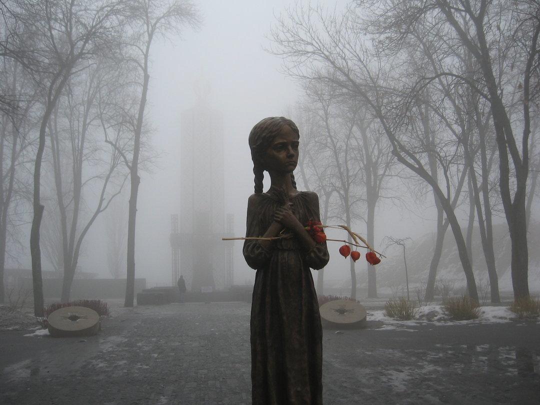 """Сегодня в Украине пройдет акция """"Зажги свечу"""" в память жертв Голодомора - : деловой новостной сайт Дело Украина"""