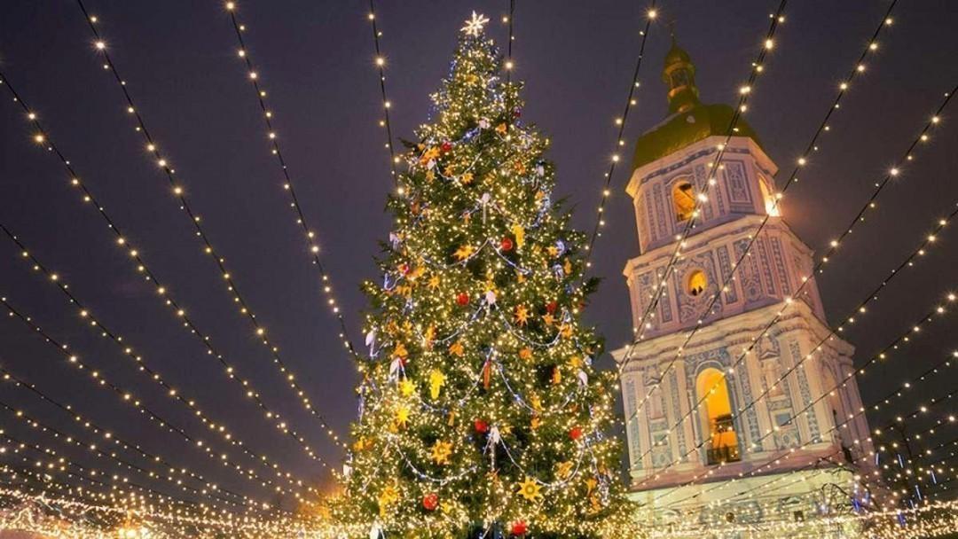 Одна страна два Рождества: готова ли Украина перенести праздник