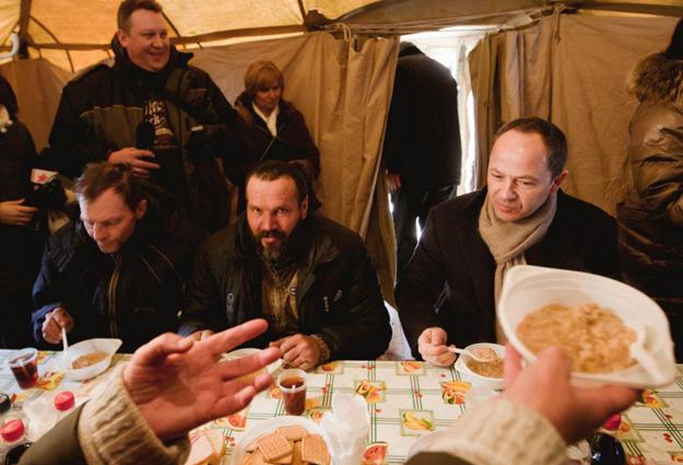 Сергей Тигипко посетил центр обогрева