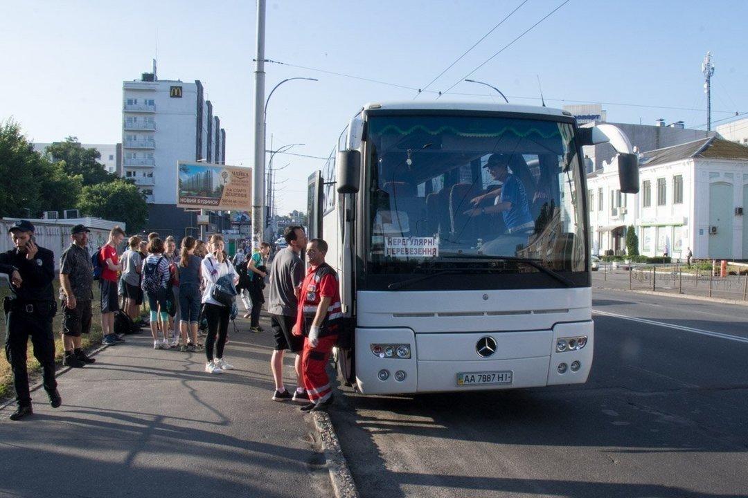 В Украине начали продавать дешевые автобусные билеты через мобильный телефон