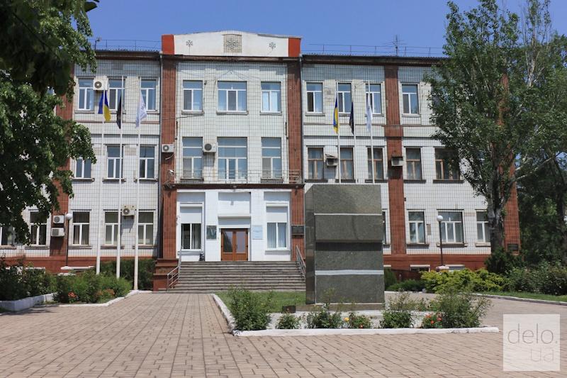 Репортаж из Мариуполя. Здесь был памятник Ленину около ММК им.Ильича
