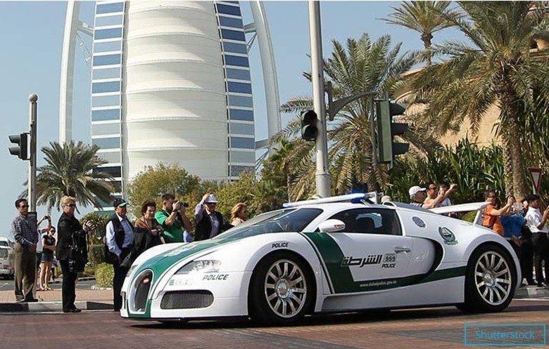 Дубай полицейские машины видео квартиры посуточно в дубай