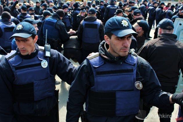 Милиция охраняет Одессу вусиленном режиме вДень освобождения города отфашистов