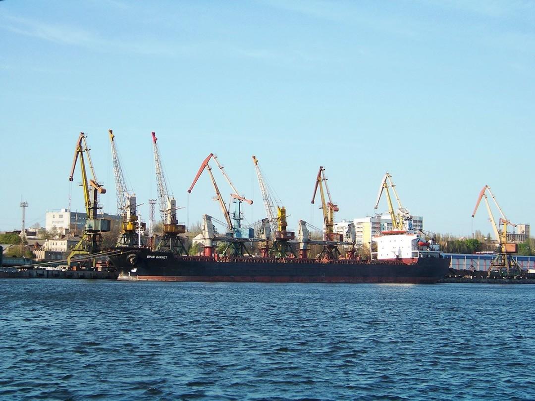 Херсонский морской порт сдали в концессию