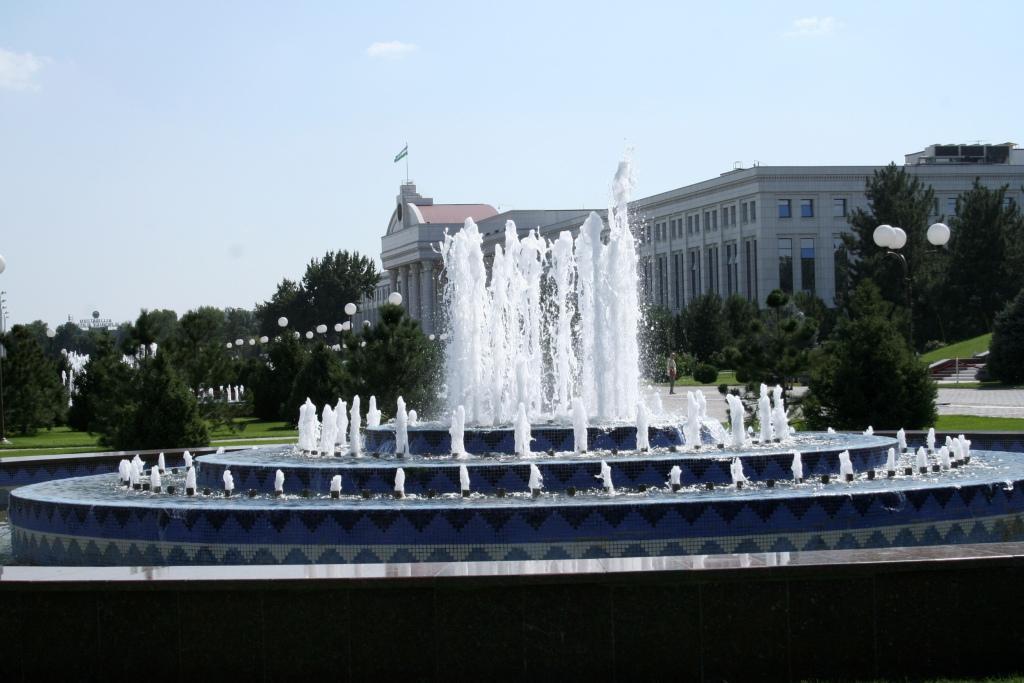 Правительственный квартал в Ташкенте