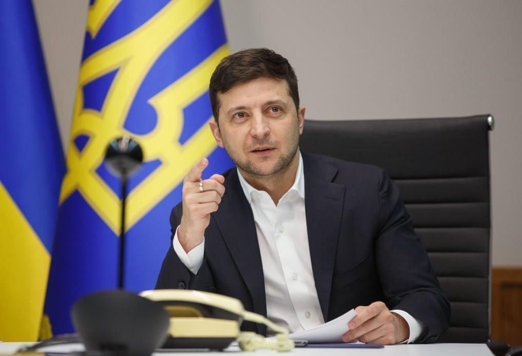 https://delo.ua/files/news/images/3689/69/picture2_zelenskij-utverdi_368969_p0.jpg