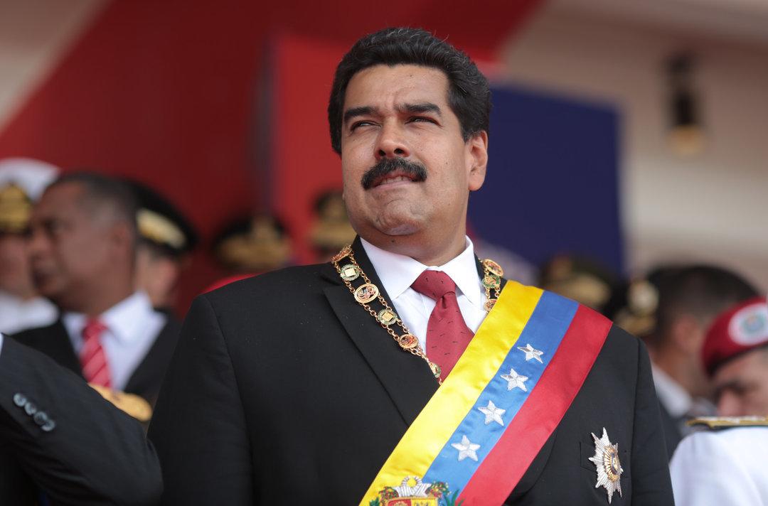 Венесуэла проводит самые масштабные в истории страны военные учения