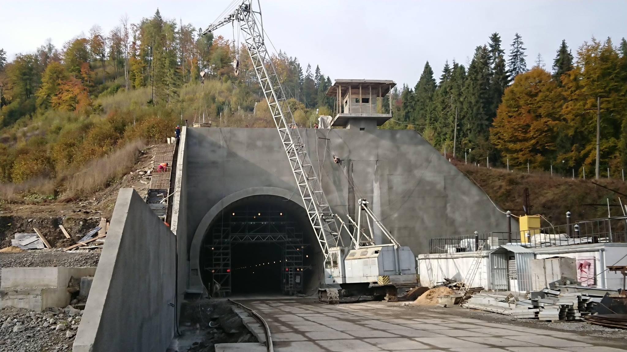 Окончание строительства Бескидского тоннеля в Карпатах. Фото: Антон Усов, Facebook