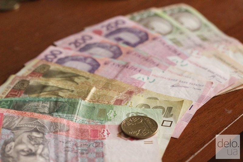 Заработная плата украинцев подросла весной: названы цифры